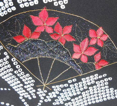 Haori mit Fächer-Stickerei / Haori with fan embroidery © KIMONO-KIMONO